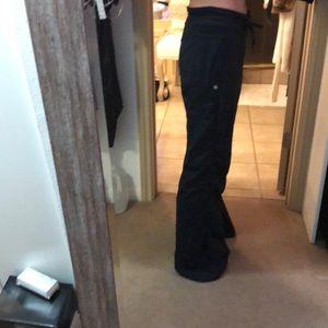 Lululemon size 10 Tall in black